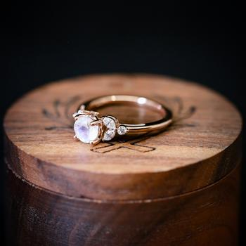 Rose Quartz Engagement Ring to Start Your New Life on the Right Note
